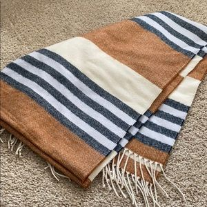 Accessories - Madewell cape scarf